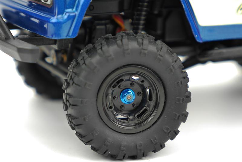 Carisma - MSA-1E M2 Wheel Lock Nut Set  ( Light Blue) 4pcs